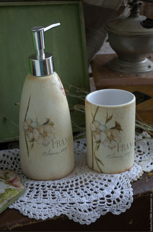 """Ванная комната ручной работы. Ярмарка Мастеров - ручная работа. Купить """"Нежность лепестков"""" набор для ванной. Handmade. Лимонный, простота"""
