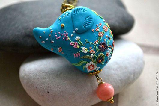 """Кулоны, подвески ручной работы. Ярмарка Мастеров - ручная работа. Купить Кулон-подвеска """"Счастливый слон"""" полимерная глина,цветочная филигрань. Handmade."""