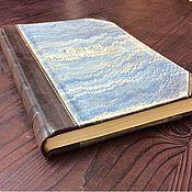 Подарки к праздникам ручной работы. Ярмарка Мастеров - ручная работа Подарочная именная книга. Handmade.