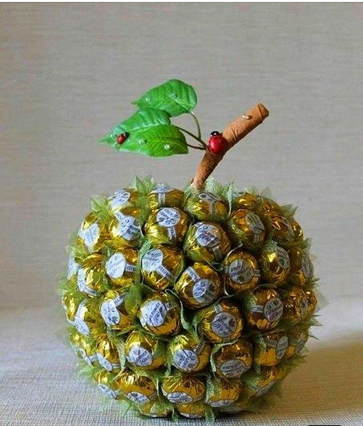 Композиция Яблоко сладкое из конфет, Композиции, Москва,  Фото №1
