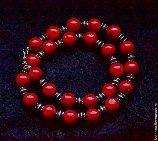 Колье, бусы ручной работы. Ярмарка Мастеров - ручная работа. Купить Бусы из натуральных кораллов  - Рябиновые. Handmade. Красный