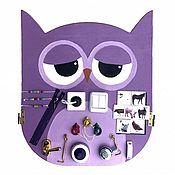 """Куклы и игрушки ручной работы. Ярмарка Мастеров - ручная работа Развивающая доска """"Бизиборд сова фиолетовый"""". Handmade."""