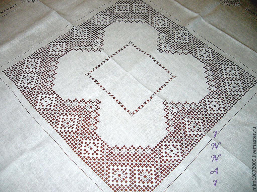 Квадратная скатерть, белый лён, строчевая вышивка, белым по белому, русский стиль, славянский стиль, уютный дом, эко дом