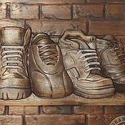 Картины и панно ручной работы. Ярмарка Мастеров - ручная работа Резное дерево_Шузы. Handmade.