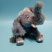 Мягкие игрушки ручной работы. Ярмарка Мастеров - ручная работа Мягкие игрушки: слоник. Handmade.