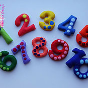 Куклы и игрушки ручной работы. Ярмарка Мастеров - ручная работа Цифры из фетра (на магнитах). Handmade.