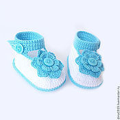 Работы для детей, handmade. Livemaster - original item knitted booties for baby girl baby booties white, turquoise. Handmade.