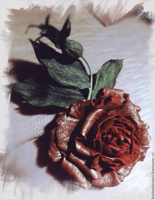 Цветы ручной работы. Ярмарка Мастеров - ручная работа. Купить Английская роза из кожи. Handmade. Ярко-красный, брошь-цветок