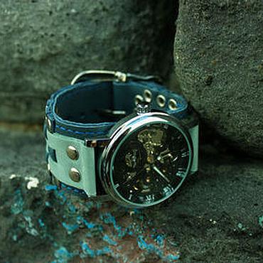 Украшения ручной работы. Ярмарка Мастеров - ручная работа Часы наручные Waves на браслете из натуральной кожи синий  и мятный. Handmade.
