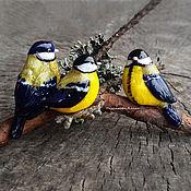 """Украшения ручной работы. Ярмарка Мастеров - ручная работа Броши """"Синички-сестрички"""". Lampwork. Handmade."""