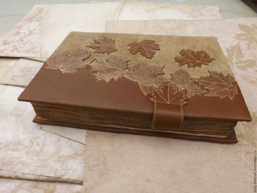 Блокноты ручной работы. Ярмарка Мастеров - ручная работа. Купить Блокнот ручной работы Золотые клены из натуральной кожи замши. Handmade.