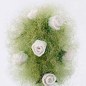 Цветы и флористика ручной работы. Ярмарка Мастеров - ручная работа шерстяное дерево с белыми розами. Handmade.