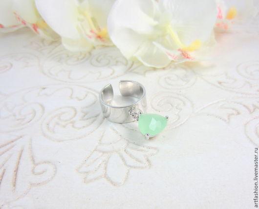 Кольцо от Марии Гербст `Мятный крем`. Кольцо авторское серебряное `Мятный крем` с подвеской. Кольцо серебряное с камнем подвеской `Мятный крем`