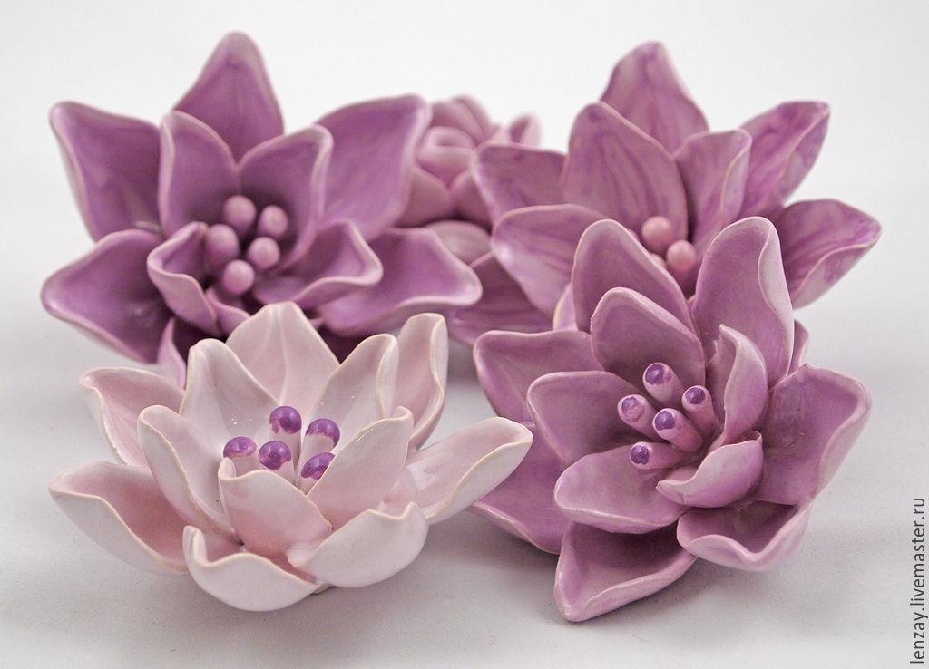 Hibiscus. Ceramic flowers Elena Zaichenko