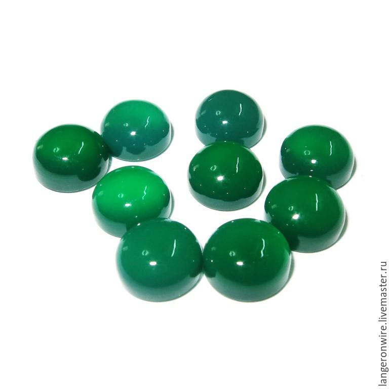 Халцедон зеленый камень