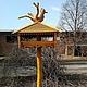 Экстерьер и дача ручной работы. Ярмарка Мастеров - ручная работа. Купить Деревянная кормушка для птиц (001). Handmade. Скульптура, сосна