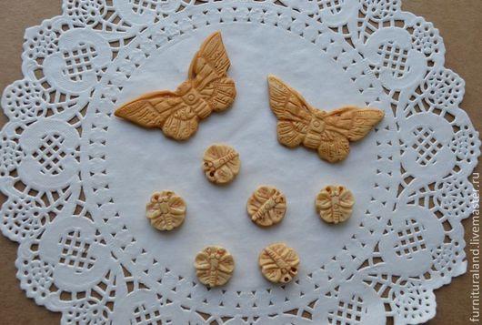 """Для украшений ручной работы. Ярмарка Мастеров - ручная работа. Купить Резные бусины из кости """"Бабочки"""", 2 вида.. Handmade."""