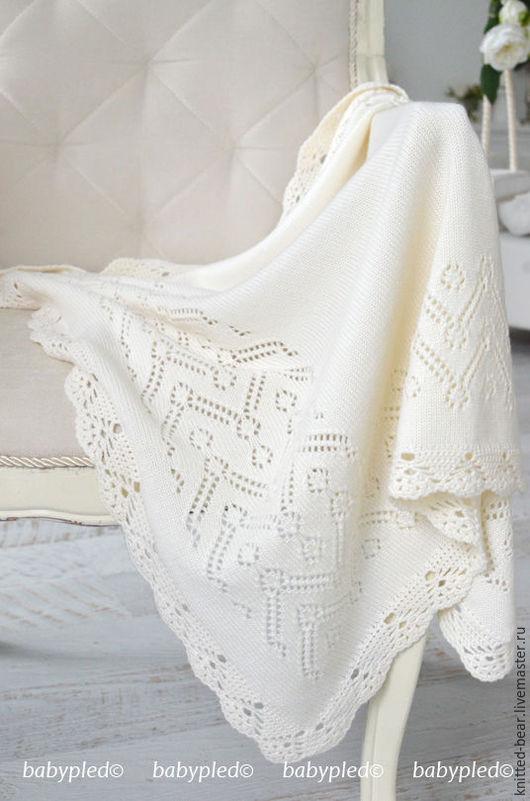 Пледы и одеяла ручной работы. Ярмарка Мастеров - ручная работа. Купить Вязаный детский плед. Handmade. Белый, плед для девочки