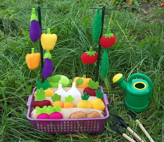 Развивающие игрушки ручной работы. Ярмарка Мастеров - ручная работа. Купить Овощная грядка из фетра (развивающий МЕГА набор). Handmade.