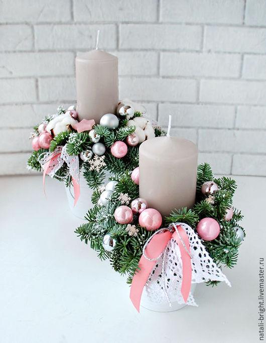 Новогодняя композиция из живой хвои. Розовая