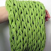 Аксессуары ручной работы. Ярмарка Мастеров - ручная работа Зеленый вязаный шарф-снуд крупной вязки. Handmade.