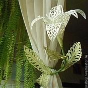 Цветы и флористика ручной работы. Ярмарка Мастеров - ручная работа Захват для штор ажурная лилия. Handmade.