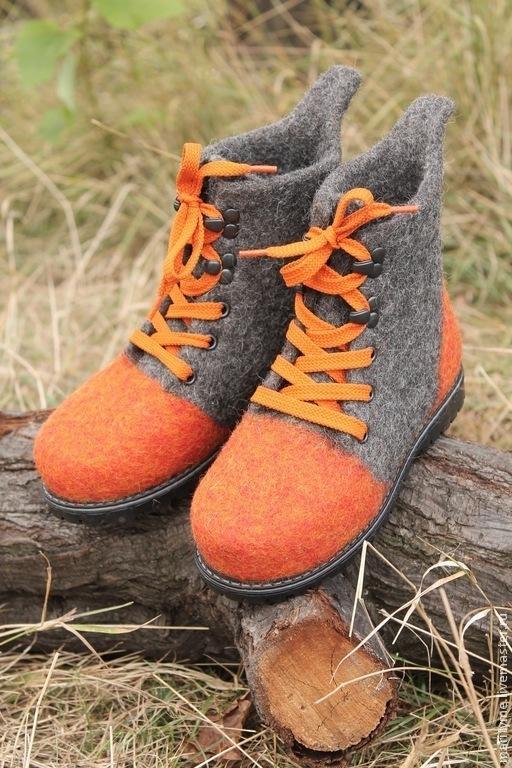"""Обувь ручной работы. Ярмарка Мастеров - ручная работа. Купить Ботинки валяные """"Позитив"""". Handmade. Темно-серый, шерсть овечья"""