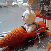 Куклы и игрушки ручной работы. Ярмарка Мастеров - ручная работа Заяц в машине-морковке. Handmade.