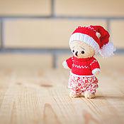 Куклы и игрушки ручной работы. Ярмарка Мастеров - ручная работа Мишка в новогоднем колпачке. Handmade.