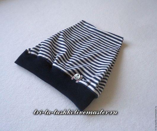 Шапки и шарфы ручной работы. Ярмарка Мастеров - ручная работа. Купить Шапочка в темно-синюю полоску в морском стиле с якорем. Handmade.