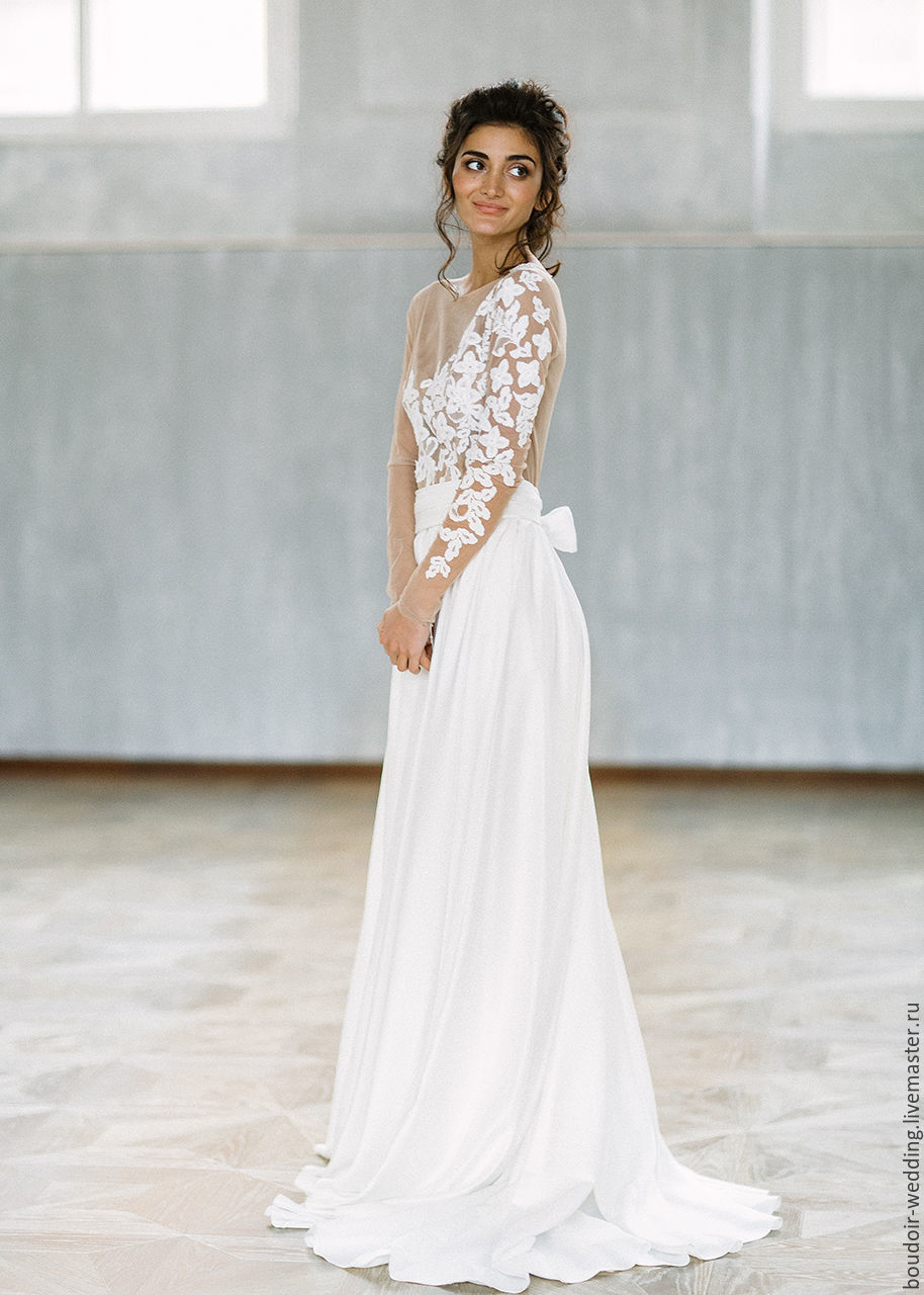 b17978c3ecc90 Delicate wedding dress with satin skirt (pockets) and lace top on the Nude  mesh ...