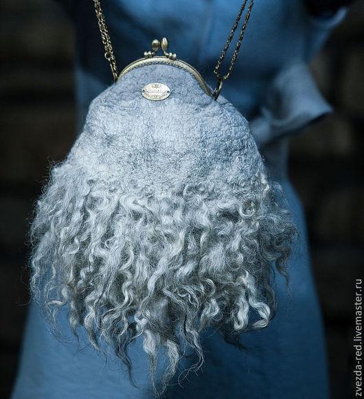 """Женские сумки ручной работы. Ярмарка Мастеров - ручная работа. Купить сумка """"Голубая мечта"""". Handmade. Серый, стильный аксессуар"""
