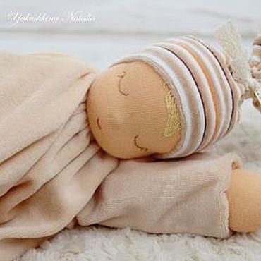 """Куклы и игрушки ручной работы. Ярмарка Мастеров - ручная работа Сплюшка """"Капучино"""" - вальдорфская куколка. Handmade."""