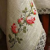 """Скатерти ручной работы. Ярмарка Мастеров - ручная работа Скатерть """"Ветка розы на сером"""". Handmade."""