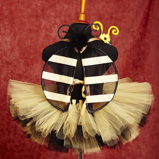 """Карнавальные костюмы ручной работы. Ярмарка Мастеров - ручная работа. Купить """"Веселая пчелка"""" карнавальный костюм юбка-пачка, крылья, уси. Handmade."""