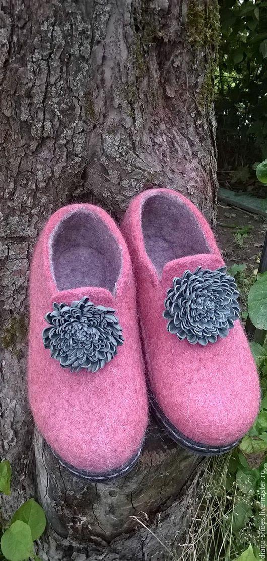 """Обувь ручной работы. Ярмарка Мастеров - ручная работа. Купить Валяные туфельки """"Вечная классика"""". Handmade. Розовый, обувь на заказ"""