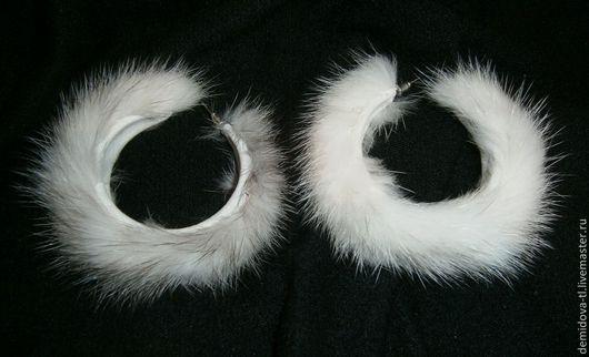"""Серьги ручной работы. Ярмарка Мастеров - ручная работа. Купить серьги """"Зима"""". Handmade. Белый, серый, мех норки, кожа"""