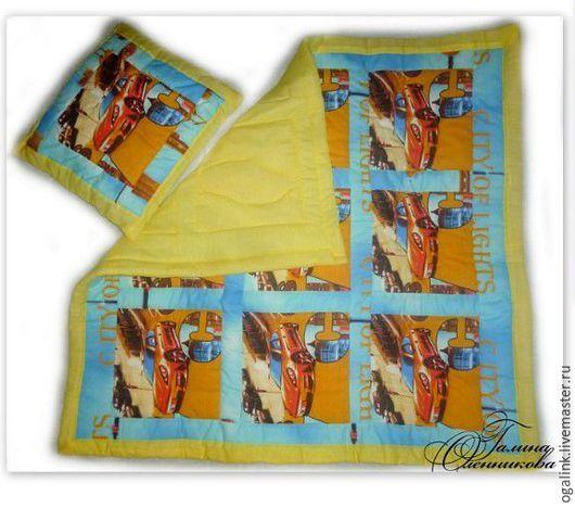 """Для новорожденных, ручной работы. Ярмарка Мастеров - ручная работа. Купить Детский комплект """"Машинки"""" : одеяло и подушка для м. Handmade."""