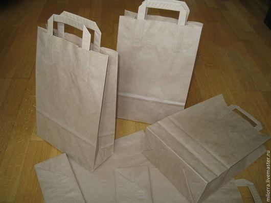 Крафт-пакет с плоскими ручками  33 см х 22 см х 9 см