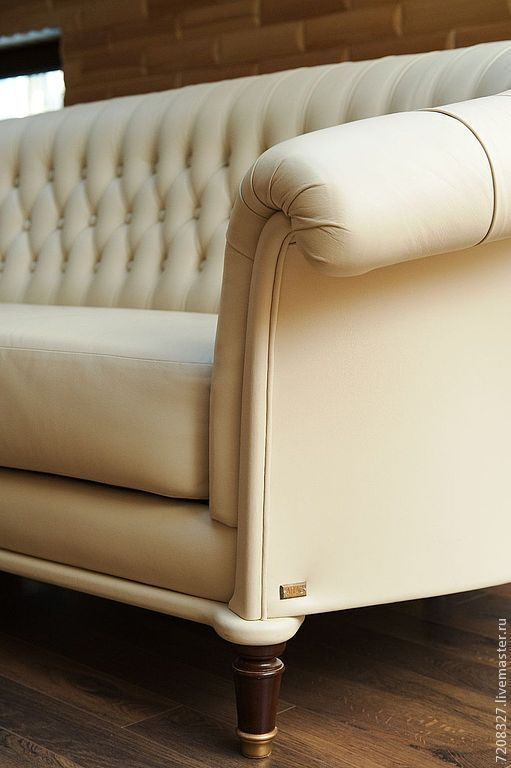 18 Sofa In The Style Of Chester