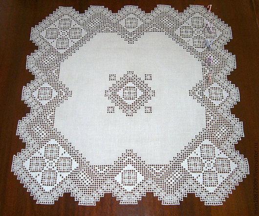 кружевная ажурная белая льняная скатерть с вышивкой белым по белому строчевая вышивка украшение интерьера украшение стола, Эко дом,  средиземноморский стиль, колониальный стиль