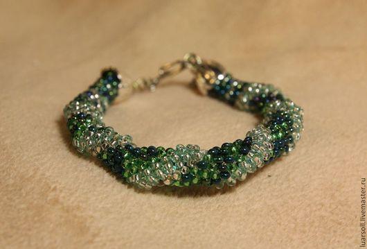 Браслеты ручной работы. Ярмарка Мастеров - ручная работа. Купить Зеленый браслет-жгут. Handmade. Зеленый, браслет-жгут