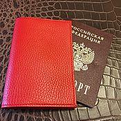 Обложки ручной работы. Ярмарка Мастеров - ручная работа Обложка из натуральной кожи для паспорта. Handmade.