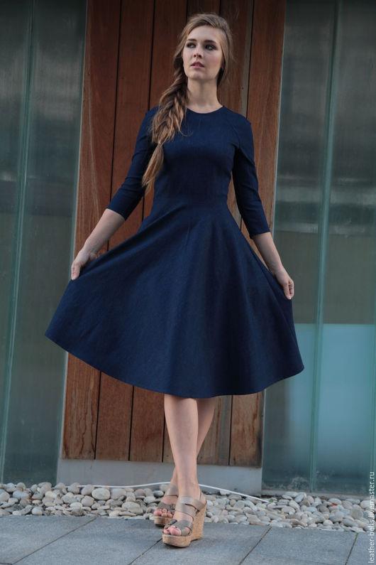Платья ручной работы. Ярмарка Мастеров - ручная работа. Купить Джинсовое платье с расклешенной юбкой. Handmade. Тёмно-синий, в офис
