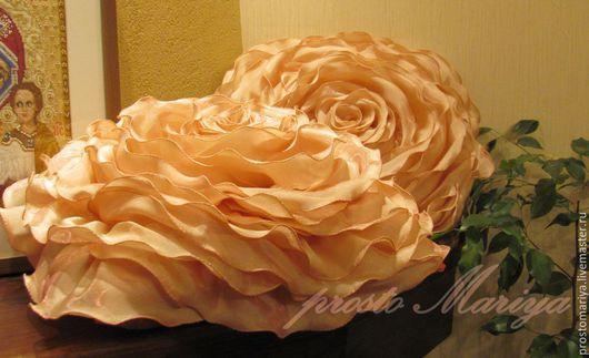 Подушки`Розы` для клиентки Ольги,сьёмка без вспышки.