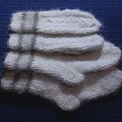 Аксессуары handmade. Livemaster - original item Children`s set of knitted mittens and socks. Handmade.