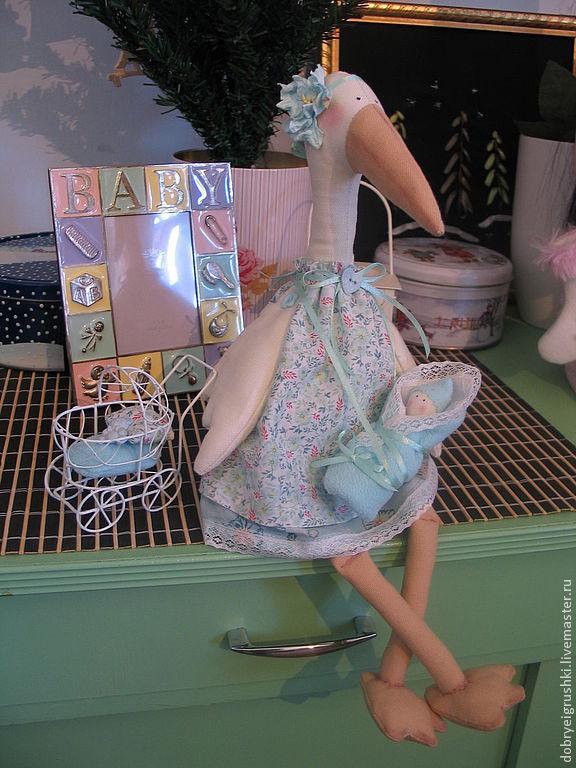 Куклы Тильды ручной работы. Ярмарка Мастеров - ручная работа. Купить Аист с младенцем. Handmade. Голубой, детская комната, хлопок