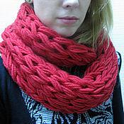 Аксессуары ручной работы. Ярмарка Мастеров - ручная работа Красный вязаный шарф снуд. Handmade.