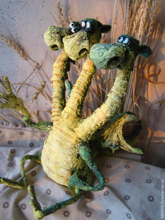 Сказочные персонажи ручной работы. Ярмарка Мастеров - ручная работа. Купить Горыныч. Handmade. Тёмно-зелёный, дракон, папье-маше