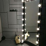 """Зеркала ручной работы. Ярмарка Мастеров - ручная работа Зеркало гримерное. Зеркало визажиста """"DarthVader"""". Handmade."""